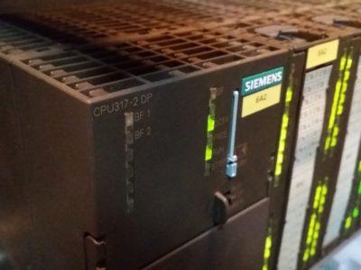 PLC Siemens S7-300 w STEP7 (LAD) p. średniozaawansowany [7]